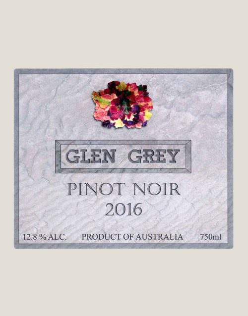 Front label in detail of Glen Grey Pinot Noir